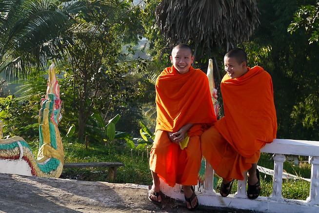 Monks houay xai, laos