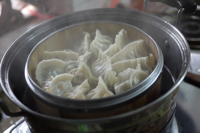 Steaming Chinese dumplings