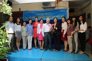 volunteer supported teachers