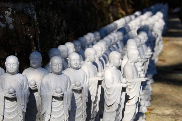 Jizō statues at Hase-dera Temple