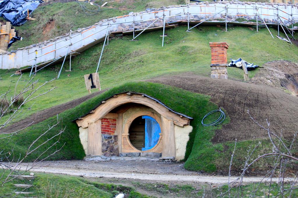 Hobbit Hole at Hobbiton Movie Set - Matamata, New Zealand - Photo