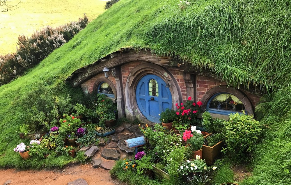 Hobbits; Hobbit Hole; New Zealand; Hobbiton; Hobbiton Movie Set;