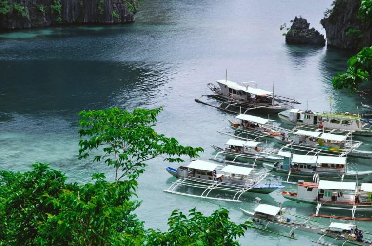 Đảo Coron nhìn từ trên xuống