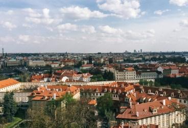Prague nhìn từ trên cao