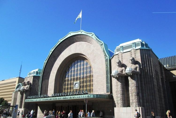 Helsínquia Estação Central  Estações de comboios a visitar uma vez na vida