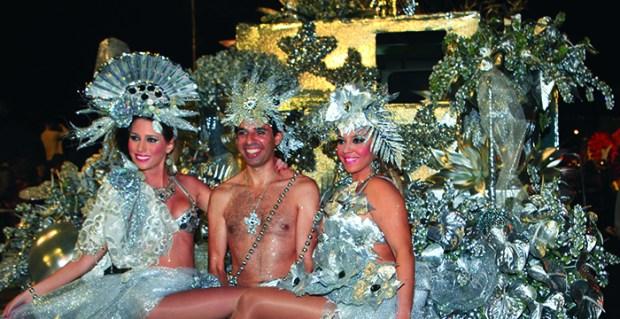 Carnaval2013-3-700x360.jpg