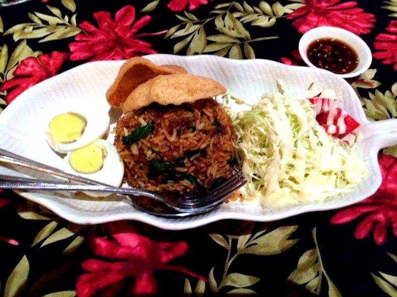 Khao Pad (Fried Rice).jpg