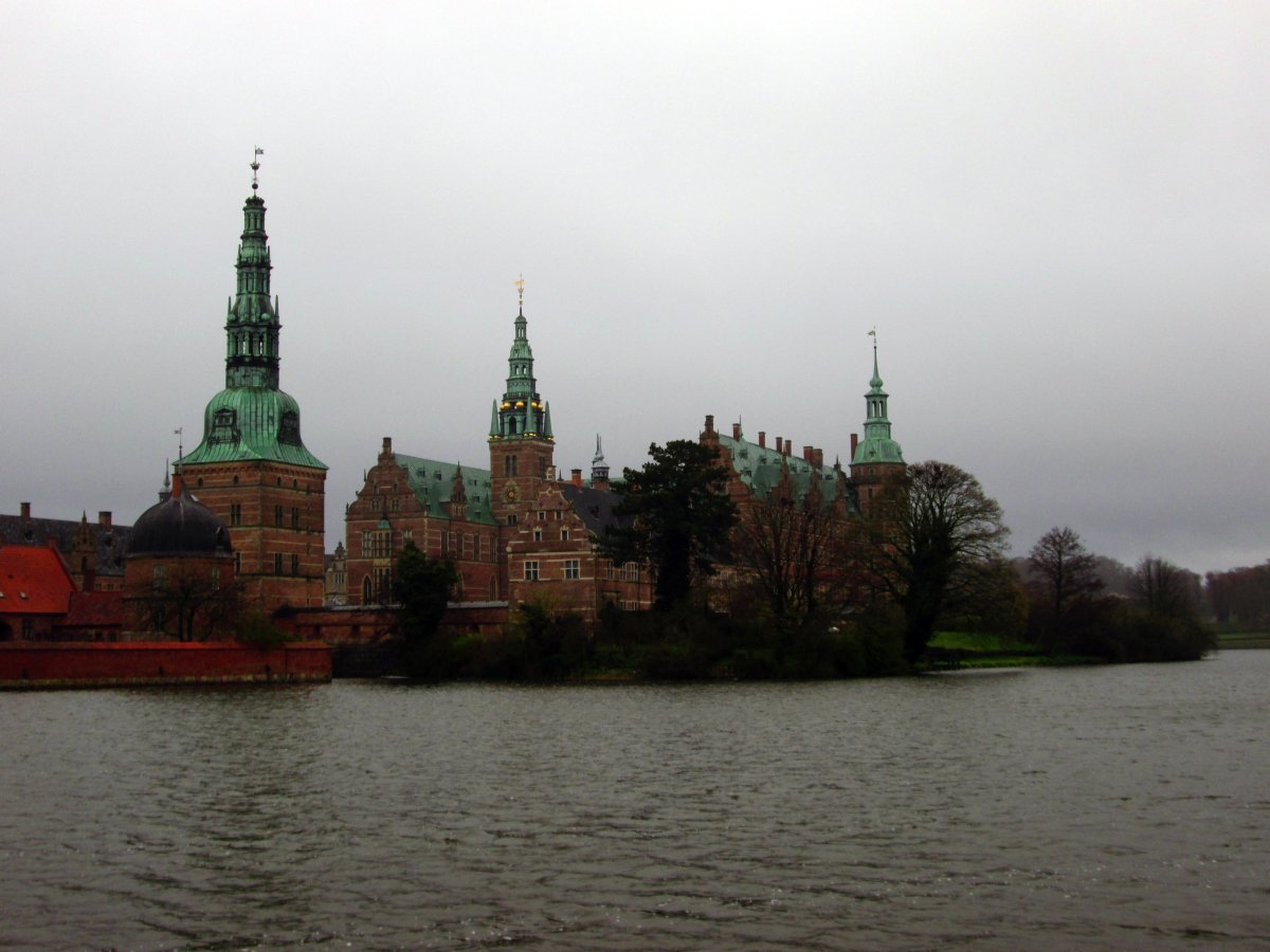 Copenhaga Day Trip: Castelos de Hamlet e Frederiksborg