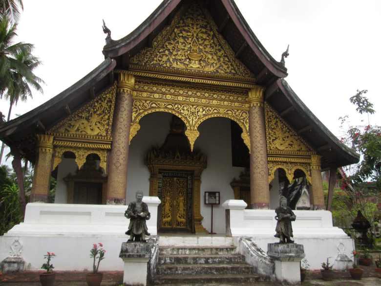 Wat Choum Khong, Luang Prabang.jpg