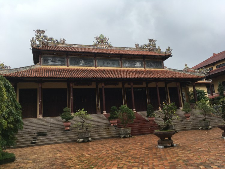 Hue - Tu Dam Pagoda1