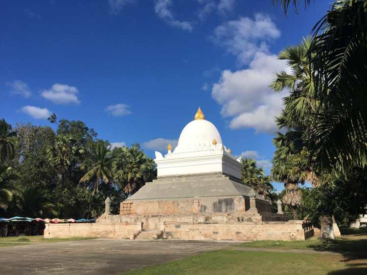 Wat Wisunalat - Luang Prabang.jpg