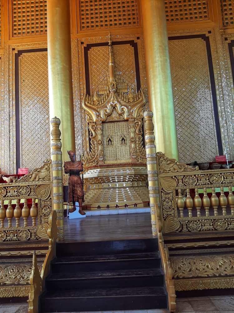 Palácio Kanbawzathadi