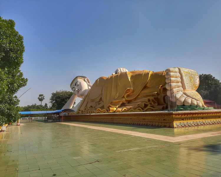 Bago cidade de lendas Buda NaungDawGyi MyaThaLyaung