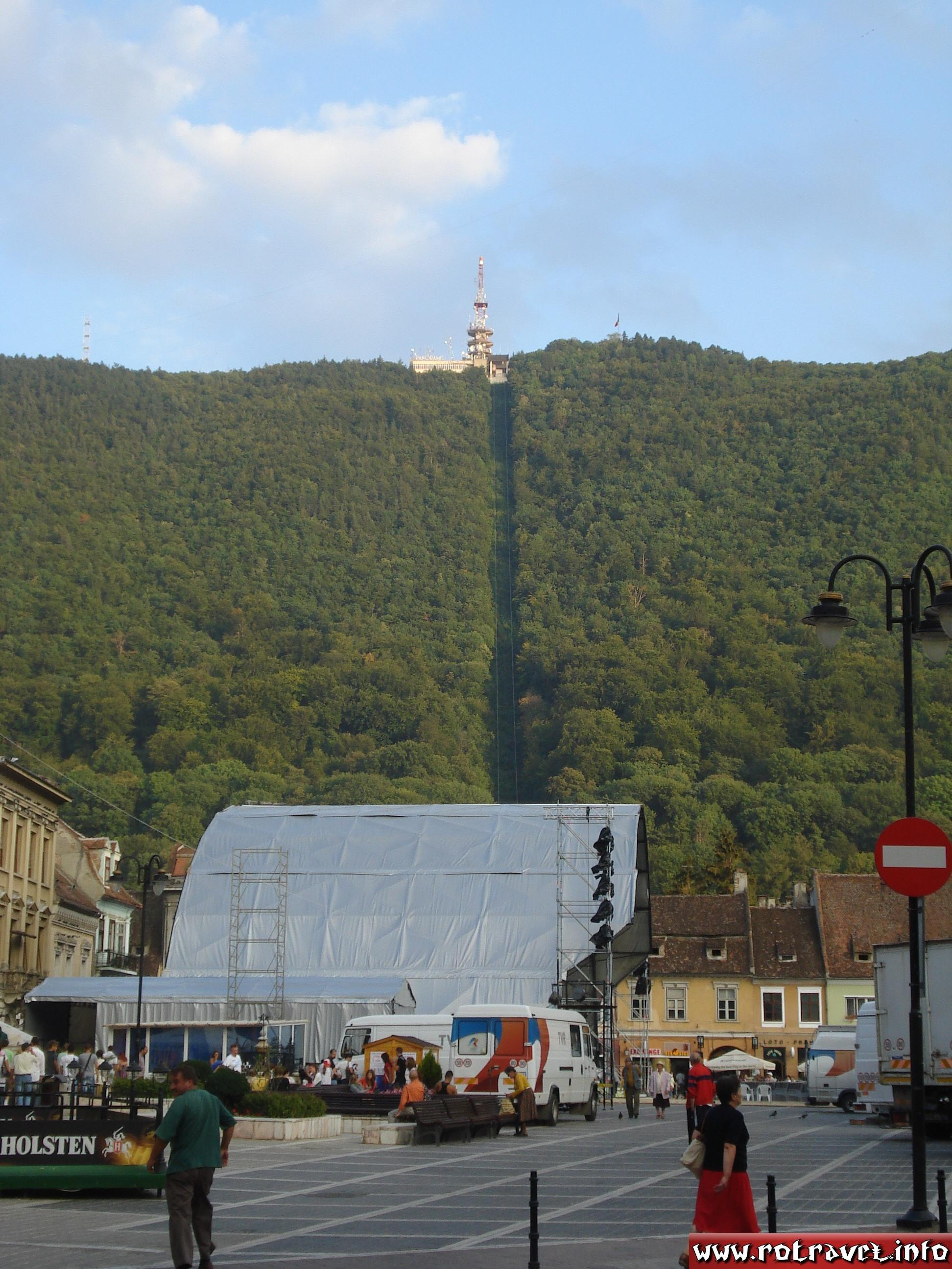 Tâmpa Mountain from Braşov Council Square (Piaţa Sfatului)
