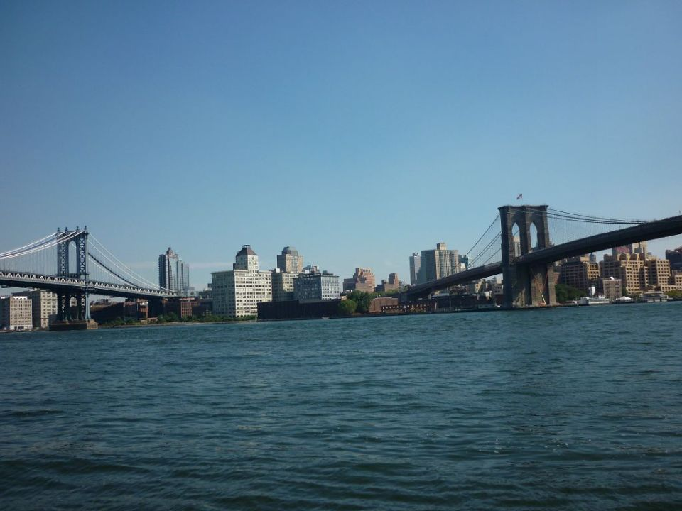 Manhattan und Brooklyn Bridge New York