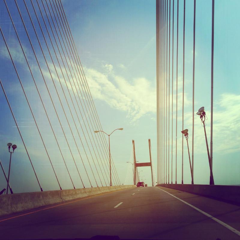 Roadtrip USA Fahrt über Brücke