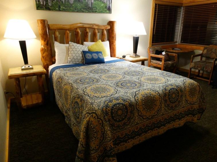 Discovery Lodge Estes Park Room