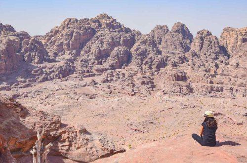 Petra Aussicht auf die felsenstadt in Jordanien