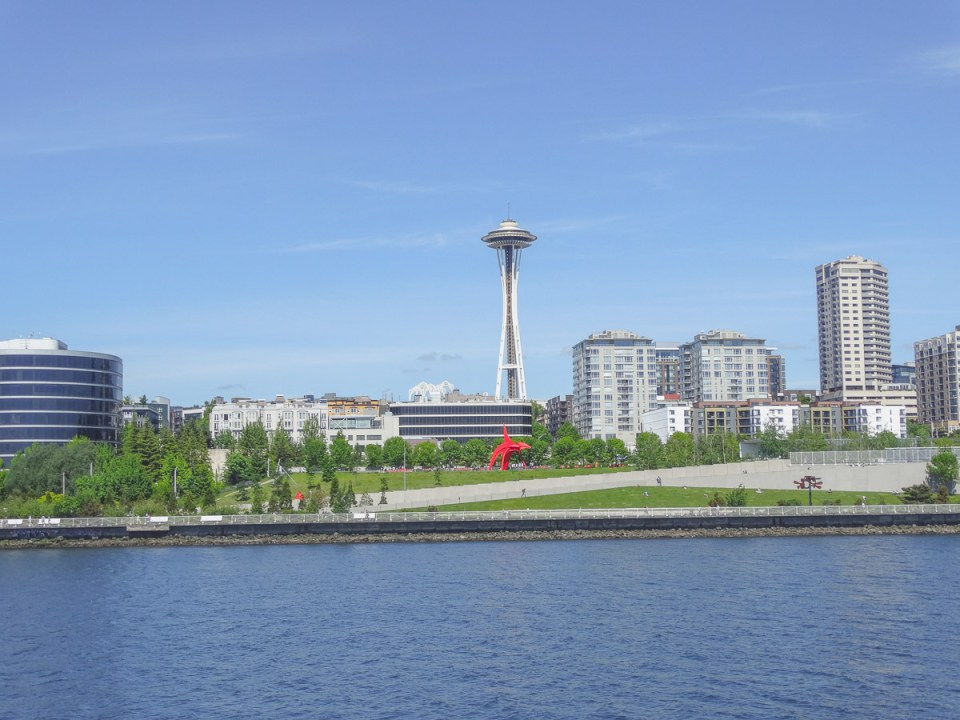 Skyline mit Space Needle - Harbor Cruise