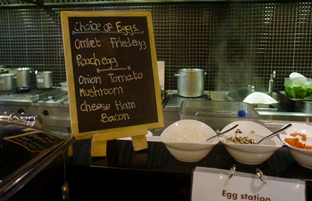 doubletree_sukhumvit_bangkok_breakfast.19