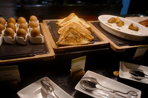 doubletree_sukhumvit_bangkok_breakfast.8