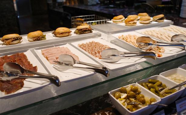 renaissance_bangkok_ratchaprasong_hotel_breakfast.4