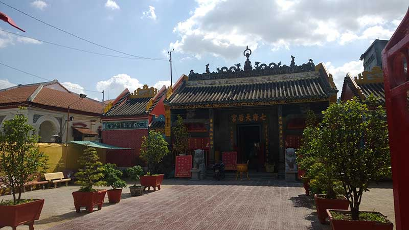 thien hau temple hcmc