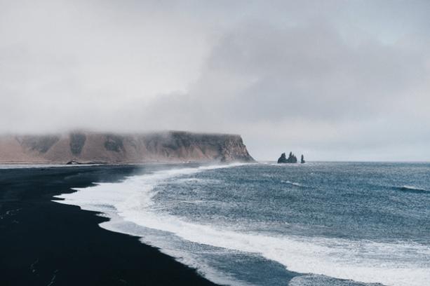Iceland by Adam Jang / Unsplash, travelsandfuntimes.com