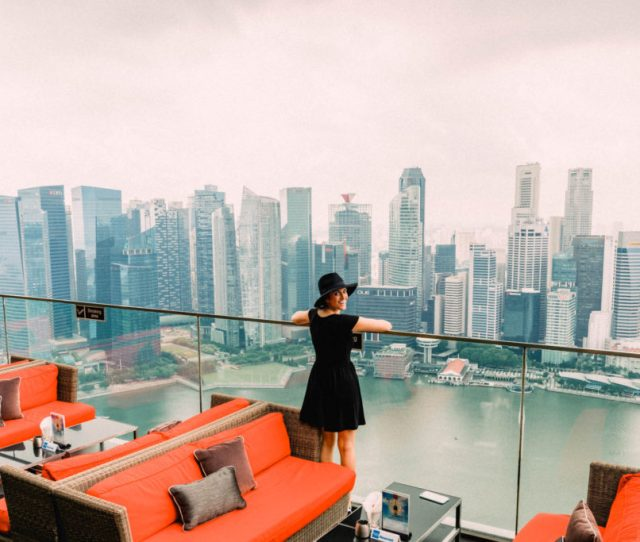 Best Photo Spots In Singapore Ce La Vi Bar