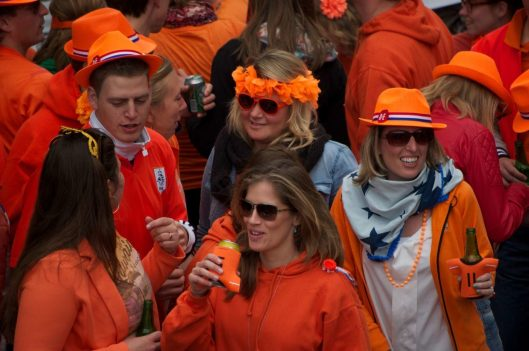 Queen's_day_amsterdam_2013_08