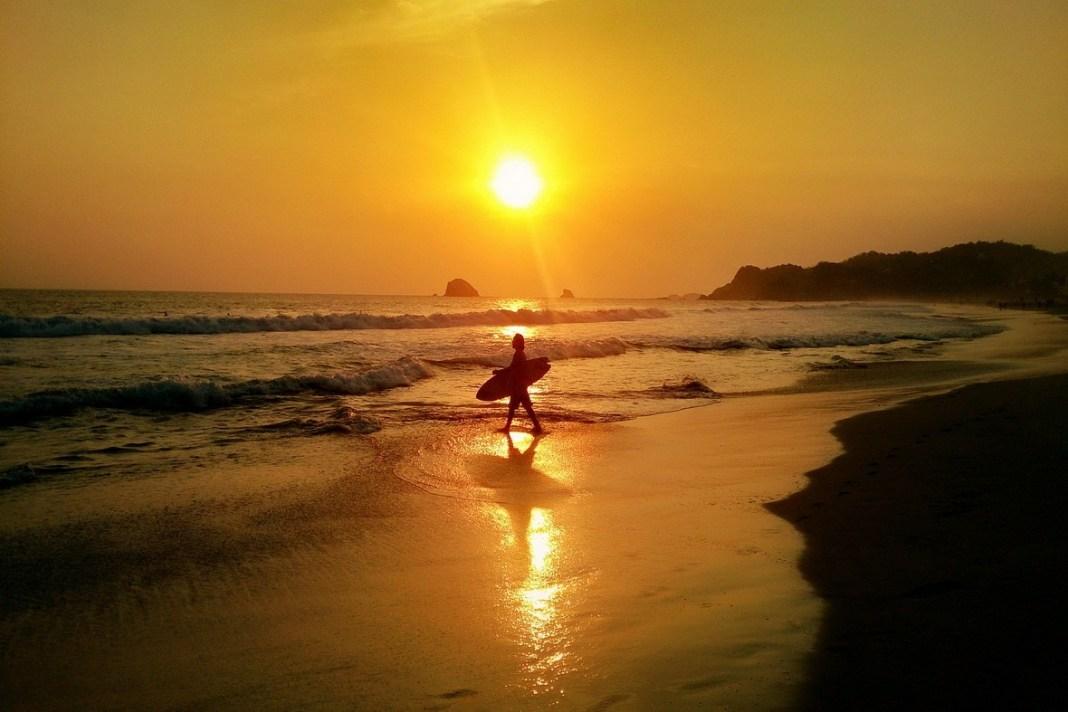 Travels by Travelers World around the World, αναζητώντας το Μεξικανικό όνειρο. 4. Θρησκευτικός τουρισμός και παραλία γυμνιστών Κεντρική Αμερική Επί τροχών  Μεξικό