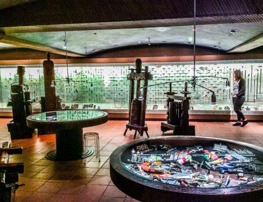 Η πλούσια συλλογή του Μουσείο Οίνου Γεροβασιλείου περιλαμβάνει πάνω από 2600 ανοιχτήρια