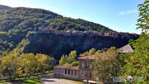 Pueblo medieval Castellfollit de la Roca