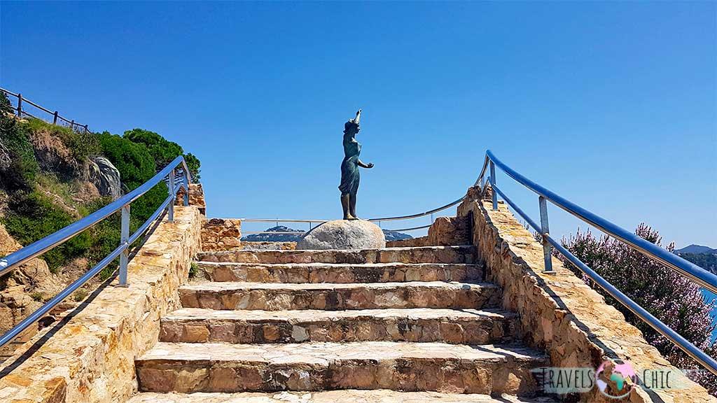 Estatua Dona Marinera Lloret de Mar