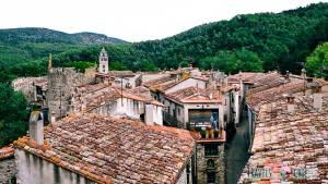 pueblo medieval sant llorenç de la muga