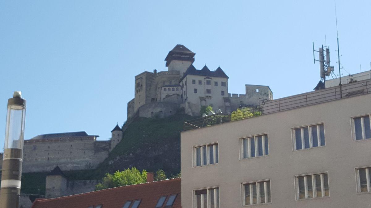 zblizenie zamku