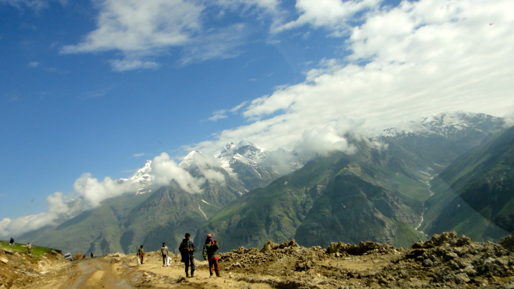 Rohtang Pass Road