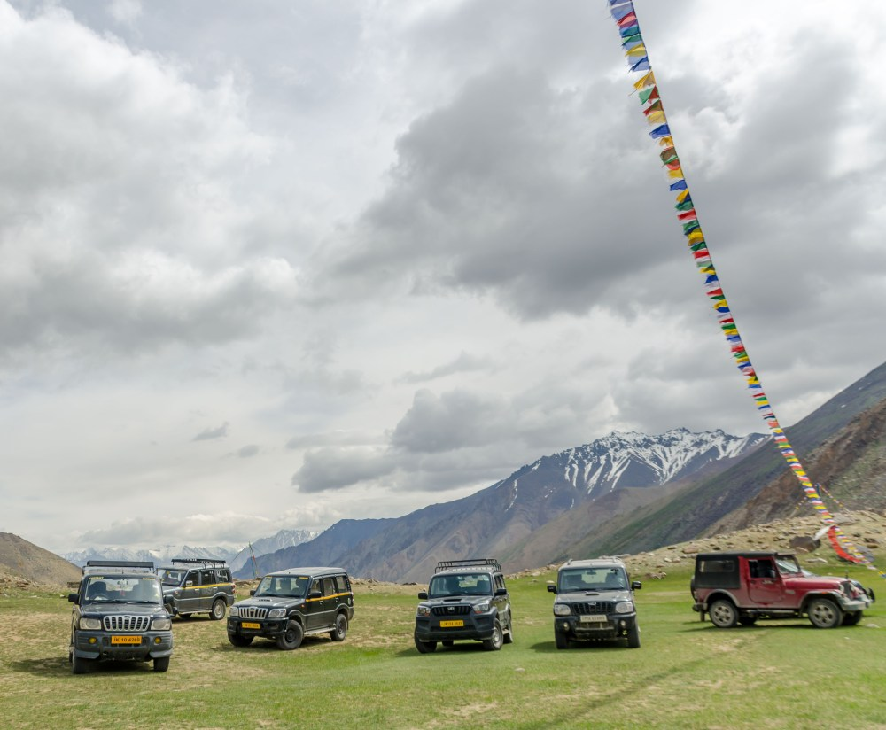 SUVs in Ladakh