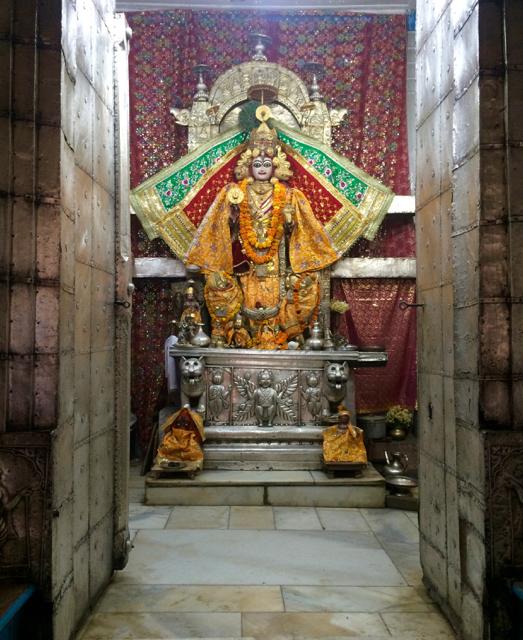 Idol Chamba Temple