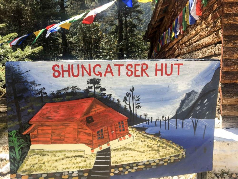 Shungatser Hut
