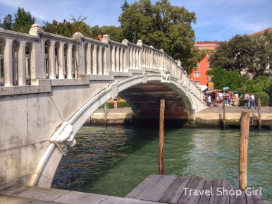 Venice bridges are quaint, picturesque sites unless your tired and have heavy bags.