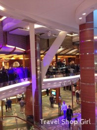 Royal Promenade Oasis of the Seas