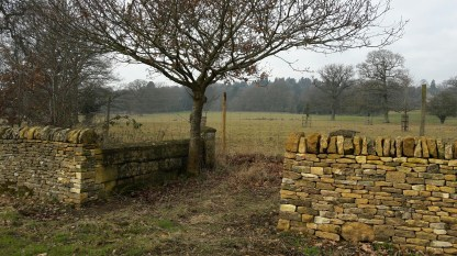 Dry stone walling in front of Batsford House