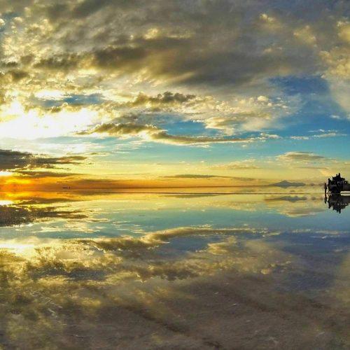 Salar de Uyuni - Bolivia-car-jeep