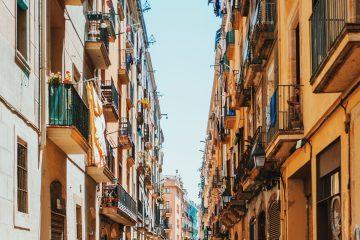 what-to-do-in-barcelona-whowho=travel-app-george-kedenburg-iii-425163-unsplash