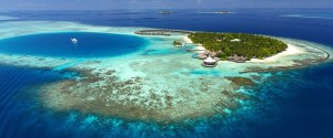 maldives_what to do_beach_clear blue_ocean