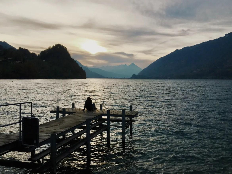 Lac de Brienz depuis iseltwald en Suisse