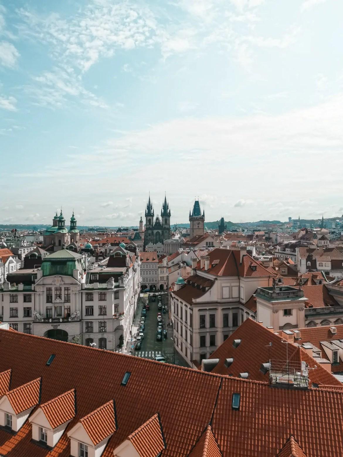image qui a été prise depuis la tour astronomique à Prague