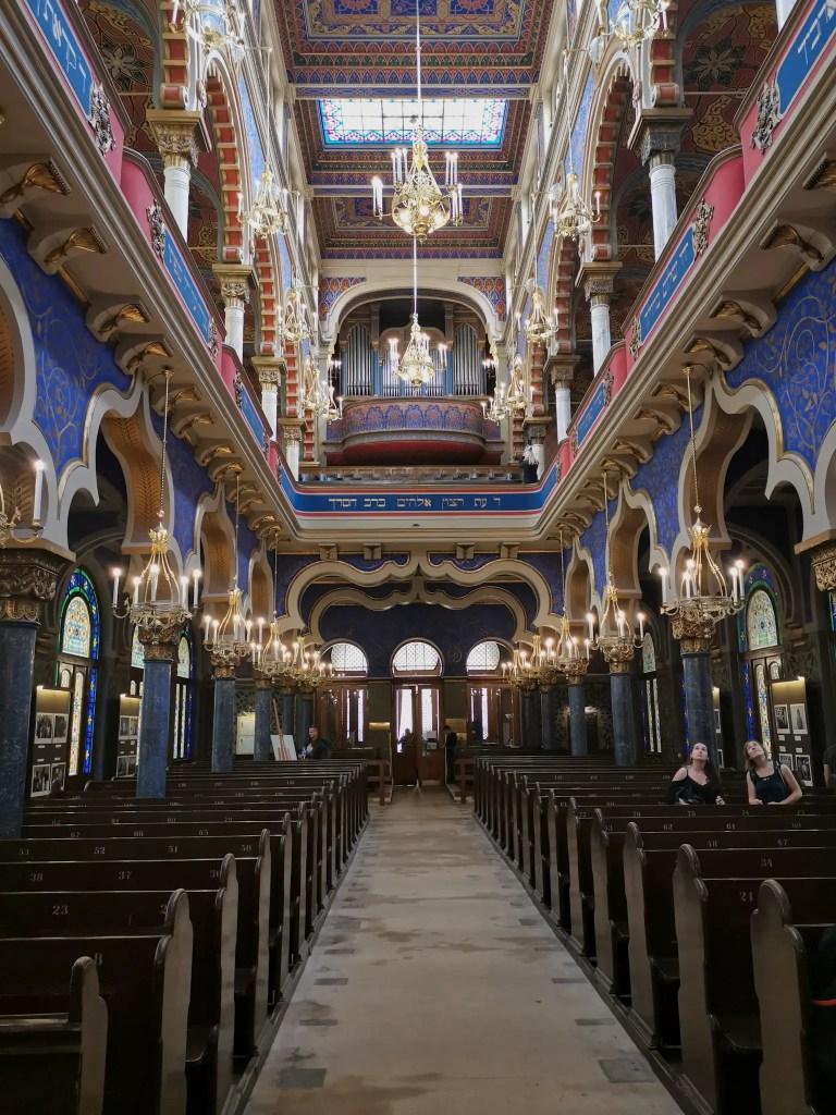 Magnifique synagogue de Prague qui est une mémoire pour la population juif tchèquel.