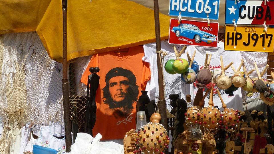 Cuba-Market-Che Guevara